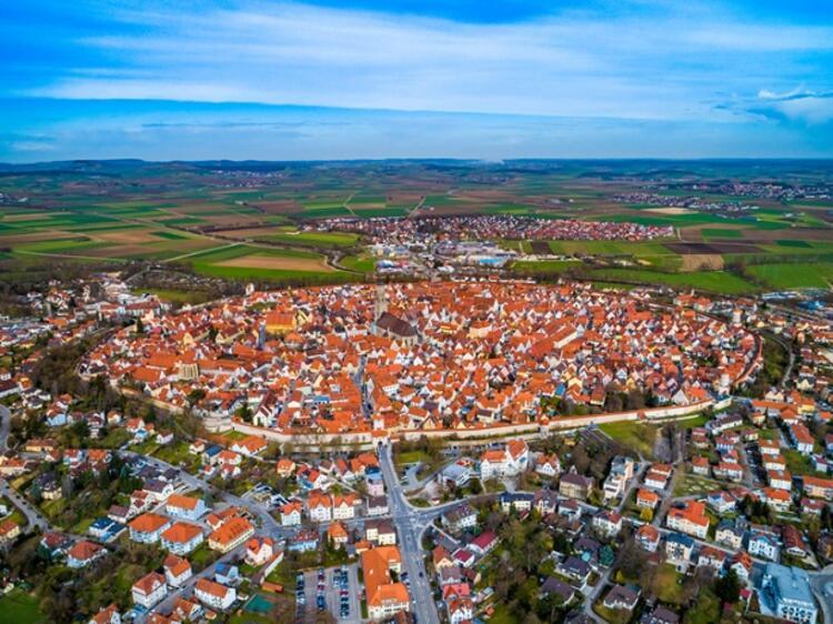 Bu kasabada 72 bin ton elmas yatıyor!
