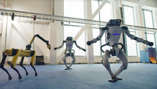 Robotların dans şovu ağızları açık bıraktı