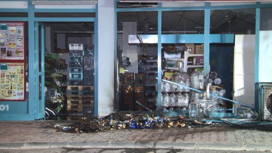 İstanbul'da markete EYP'li saldırı