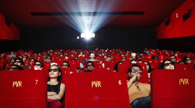 Sinema salonları için koronavirüs yasağı süresi uzatıldı!
