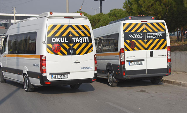 İzmir Büyükşehir Belediyesi'nin ihalesi mahkemeden döndü