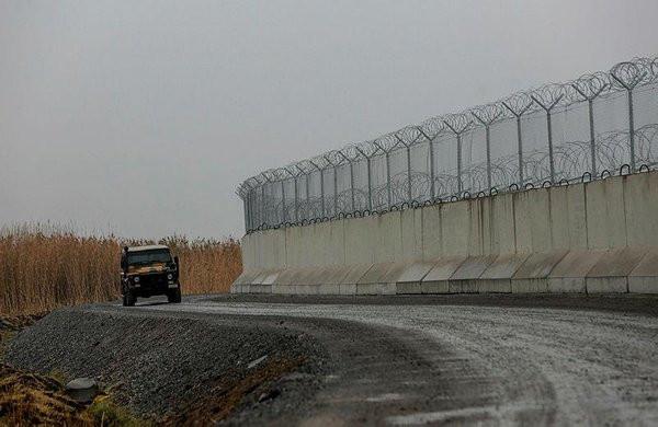 İran sınırındaki güvenlik duvarı tamamlandı!