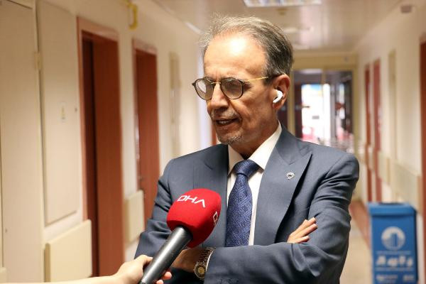 Prof. Dr. Mehmet Ceyhan: ''Aşı için Diyanet'in devreye girmesi lazım!''