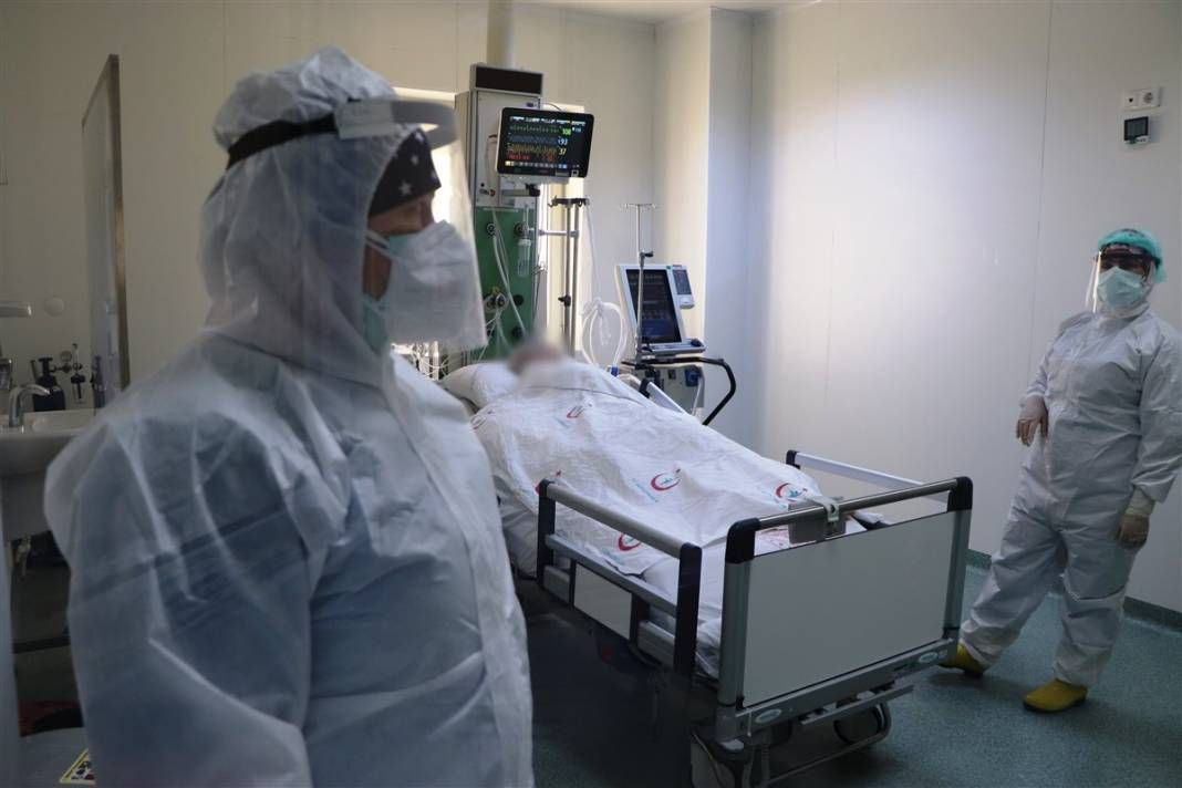 Koronavirüs hastalarının son istekleri ağlattı