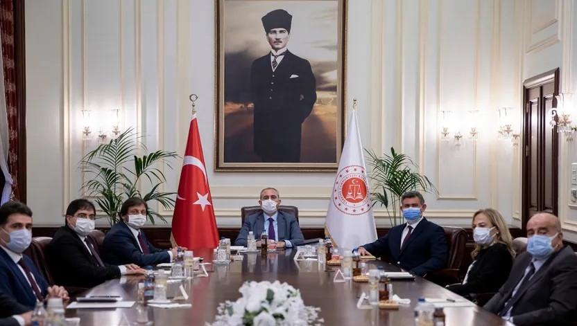 Feyzioğlu'ndan AK Parti'Ye 28 maddelik reform önerisi