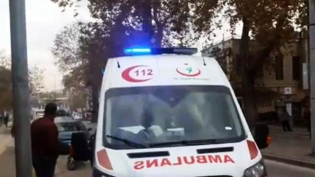 Sakarya'da bir kişi polis karakolunun önünde kanlar içinde yere yığıldı