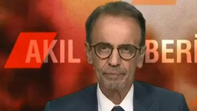 Prof. Dr. Mehmet Ceyhan canlı yayında rahatsızlandı