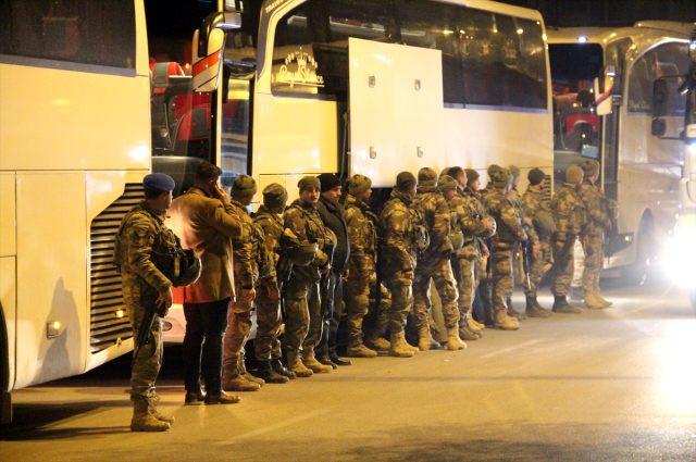 İdlib'deki noktalara komando takviyesi yapıldı
