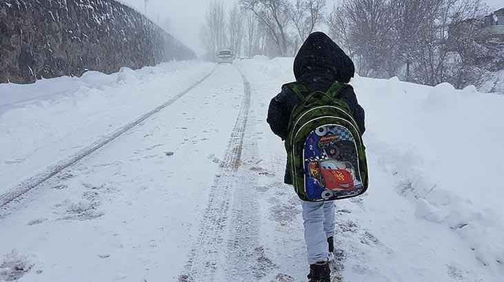 Eğitime kar engeli ! Çok sayıda ilde okullar tatil edildi