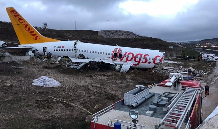 Ulaştırma Bakanı'ndan uçak kazasıyla ilgili dikkat çeken açıklama