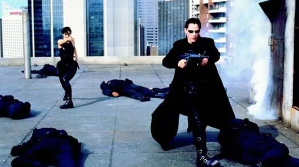 Matrix efsanesi geri dönüyor! 4 filmden ilk görüntü geldi