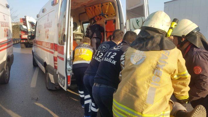 İstanbul'da makas dehşeti: 1 ölü, 2 yaralı !