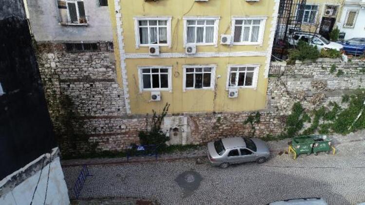 İstanbul'da surların üzerine yapılan otel şaşırtıyor - Resim: 1