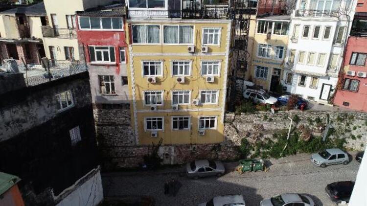 İstanbul'da surların üzerine yapılan otel şaşırtıyor - Resim: 2