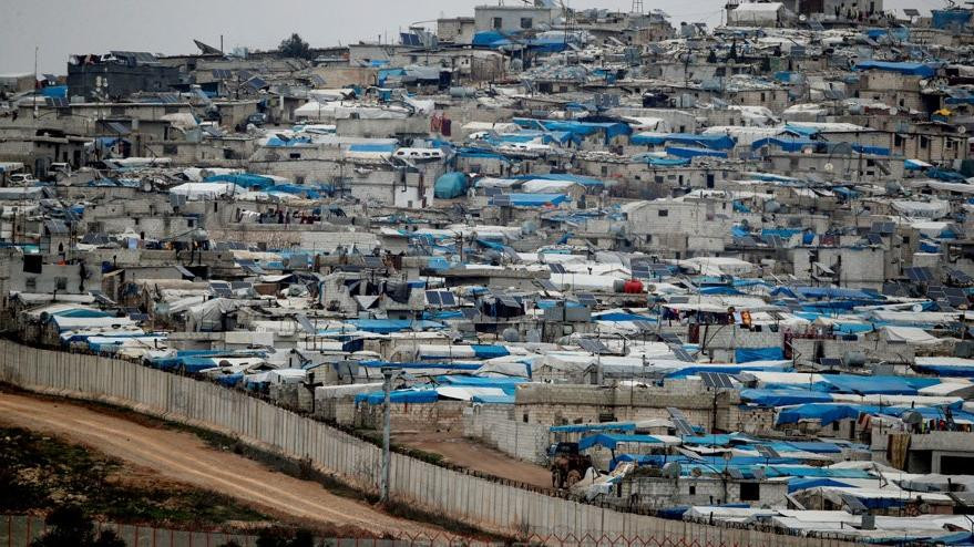 Türkiye - Suriye sınırında çadır ülkesi kuruldu