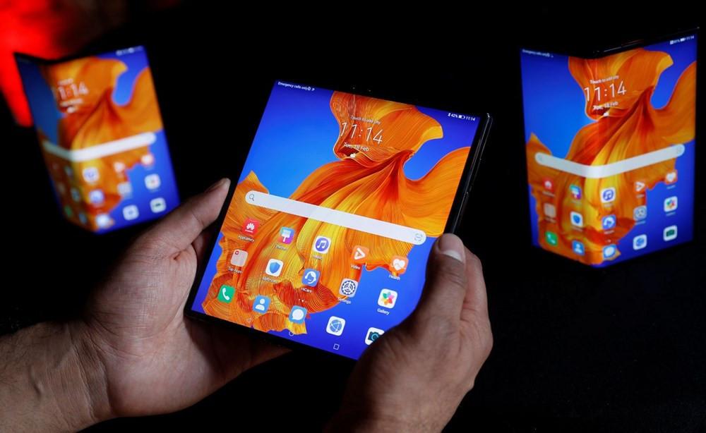 Huawei Mate Xs tanıtıldı! İşte fiyatı ve özellikleri