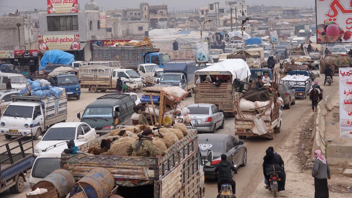 40 bin Suriyeli daha Türkiye sınırına göç etti
