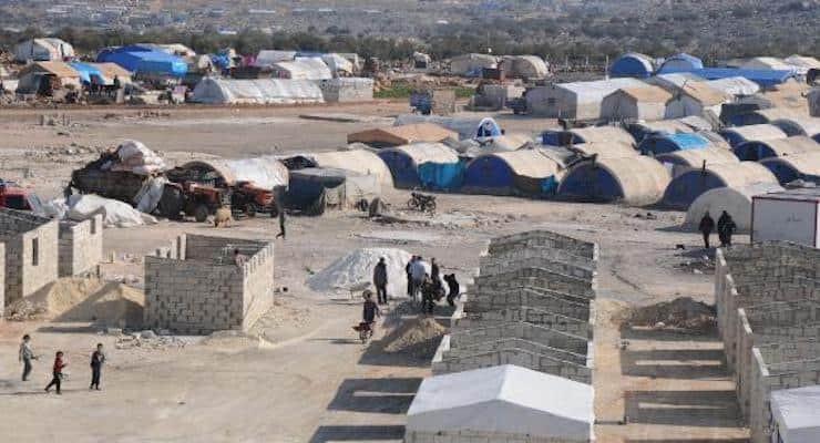 Sınırdaki Suriyeliler bu evlere yetleştiriliyor