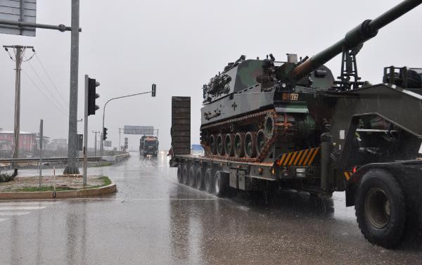 Suriye sınırına askeri sevkiyatı