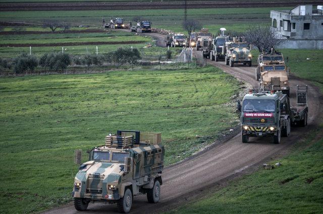 Suriye sınırında hareketlilik ! 200 araçlık konvoy gönderildi