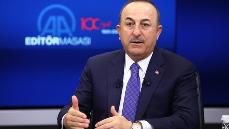 Çavuşoğlu'ndan ''Putin, Erdoğan'ı bekletti'' iddialarına tepki