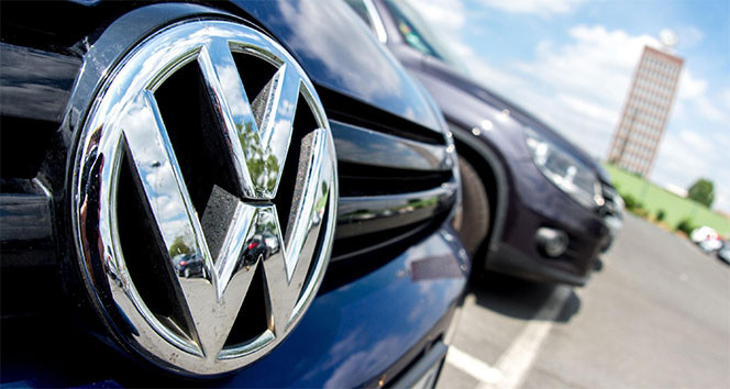 Volkswagen, koronavirüs nedeniyle üretimi askıya alıyor