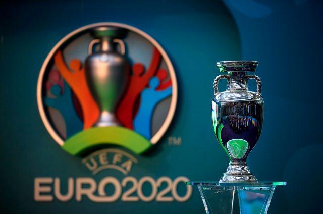 EURO 2020 resmen ertelendi!