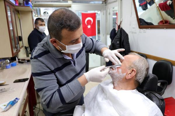Bilim Kurulu üyesinden sakalı olanlara koronavirüs uyarısı