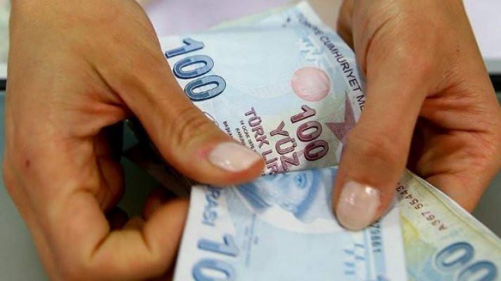 En düşük emekli maaşı 1500 TL;  Bayram ikramiyeleri de öne çekildi!