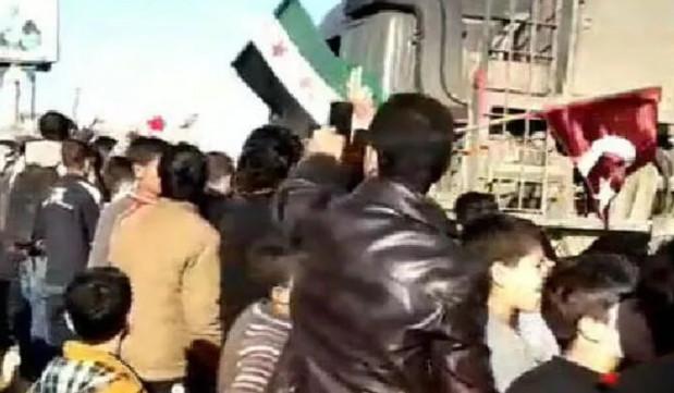 İdlib'te Suriyeliler Mehmetçik'i böyle karşıladı!