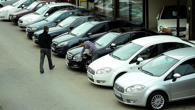 İkinci el fiyatları sıfır otomobilleri solladı