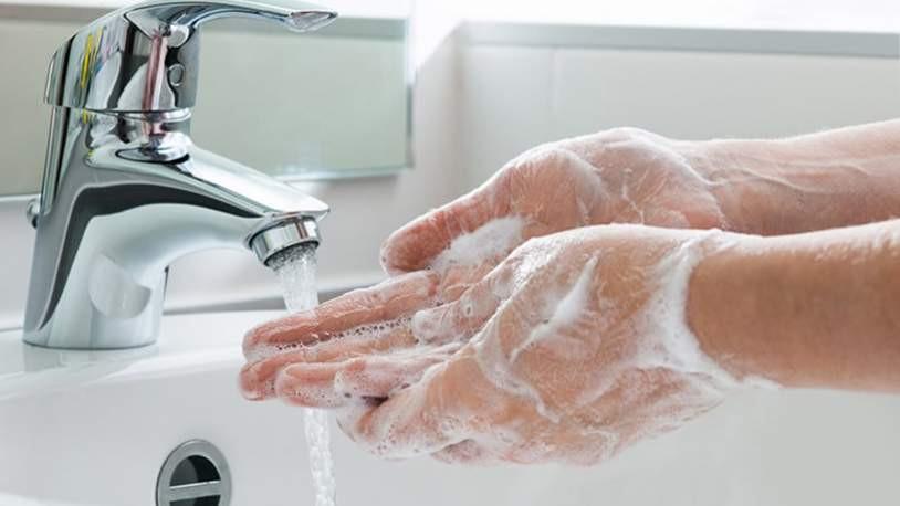 Bilim Kurulu üyesi Kara: ''Elinizi sıcak su ile yıkamayın''