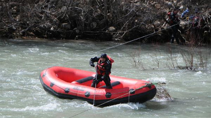 Kaybolan uzman çavuşu arama çalışmaları devam ediyor
