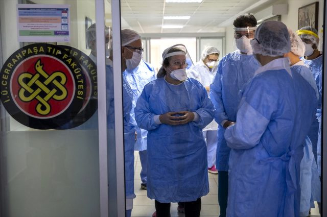 Cerrahpaşa Tıp Fakültesi'nin koronavirüs servisi görüntülendi