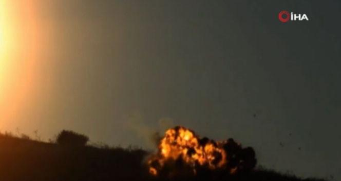 Yerli roket Bahar'ın Suriye'de hedefi vurduğu an kamerada!