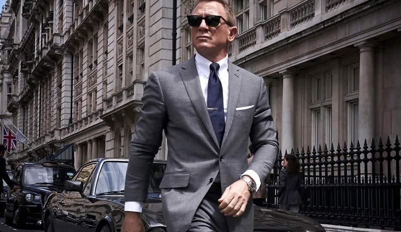 James Bond serisinin yeni filmi de corona virüsüne takıldı!