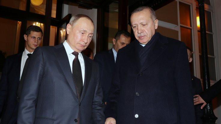 Financial Times: ''Erdoğan, Kremlin'in oyununa geldi''