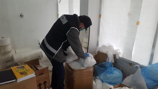 Maske ve dezenfektan kaçakçılarına baskın