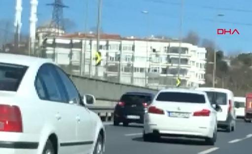 İstanbul'da çevreyolunda pes dedirten görüntüler