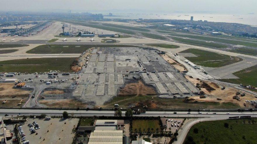 Atatürk Havalimanı'nda 4 milyar TL çöp oldu!