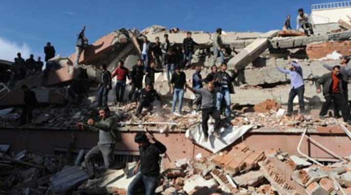 Depremde 39 kişi öldü, müteahhit serbest!