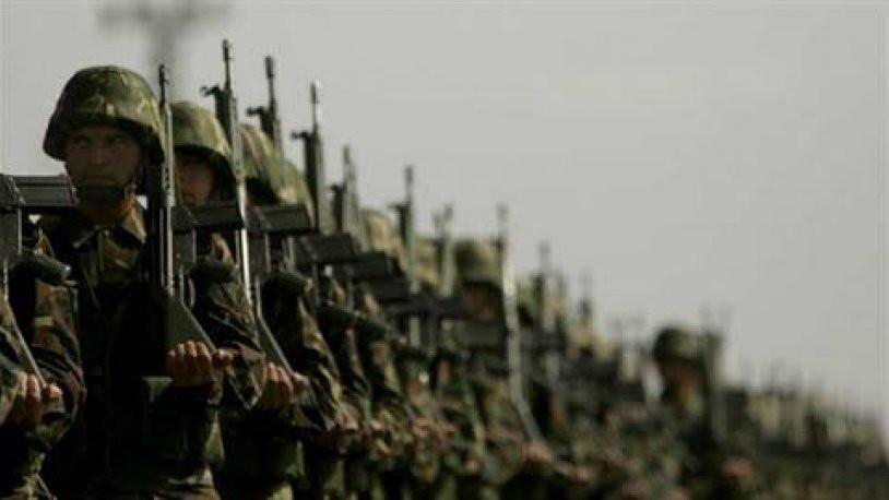 Askerler terhislerin ertelenmesine isyan etti !