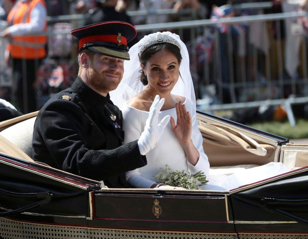 Prens Harry ve eşi Meghan Markle'den Kraliyet'e imalı mesaj