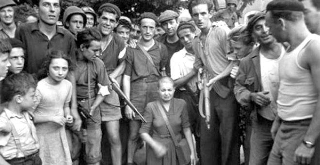 Alman askerlerle cinsel ilişkiye giren kadınların saçları kazıtıldı - Resim: 3