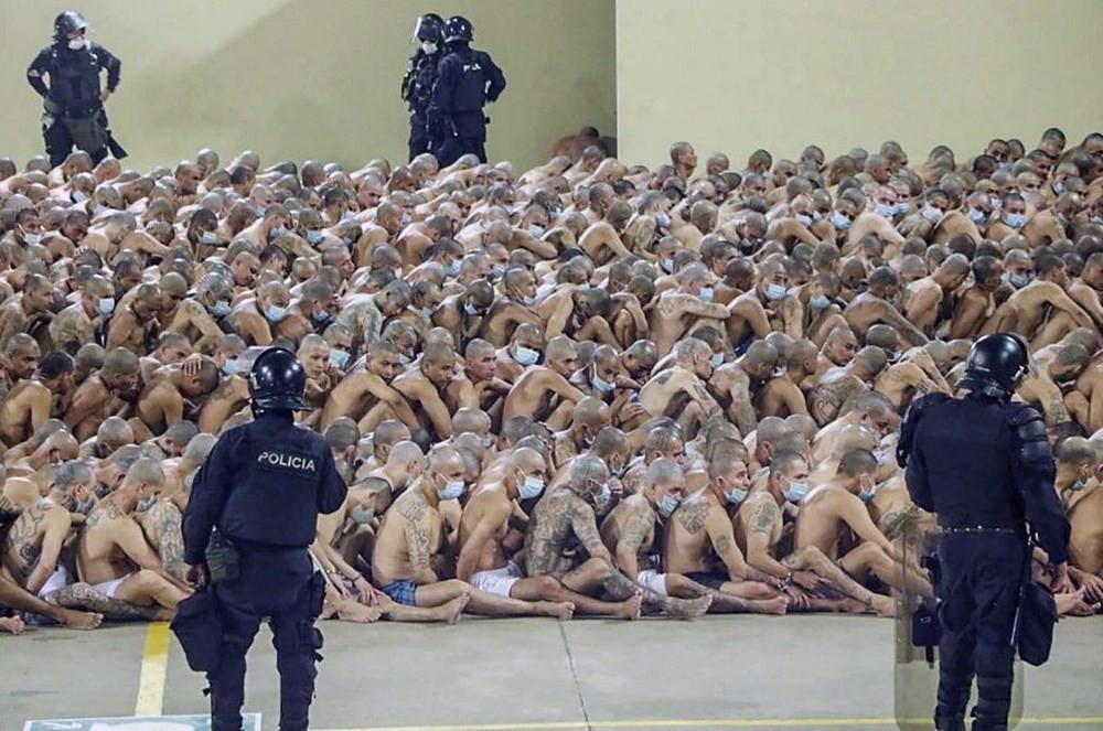 Bir günde 22 cinayet işlenince koronayı unuttular!