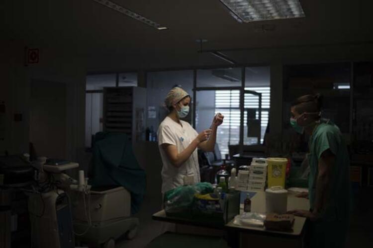 Koronavirüs hastanesinden korkutan fotoğraflar...
