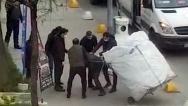 İBB, Sabah'ın ''Zabıtalar kağıt toplayan çocuğu dövdü'' haberini yalanladı