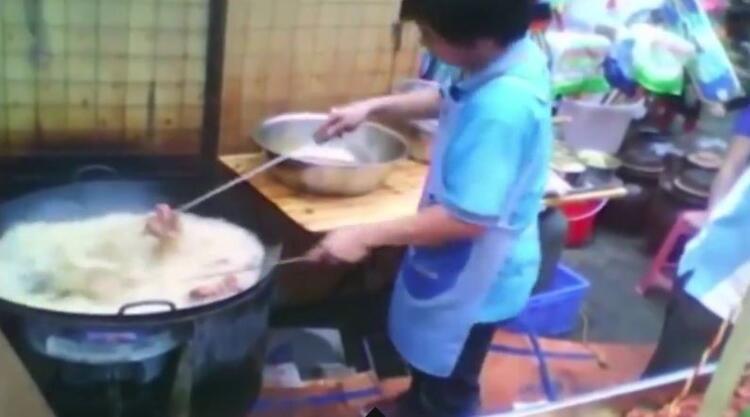 Köpek eti satan restoranın sahibinden şoke eden itiraf