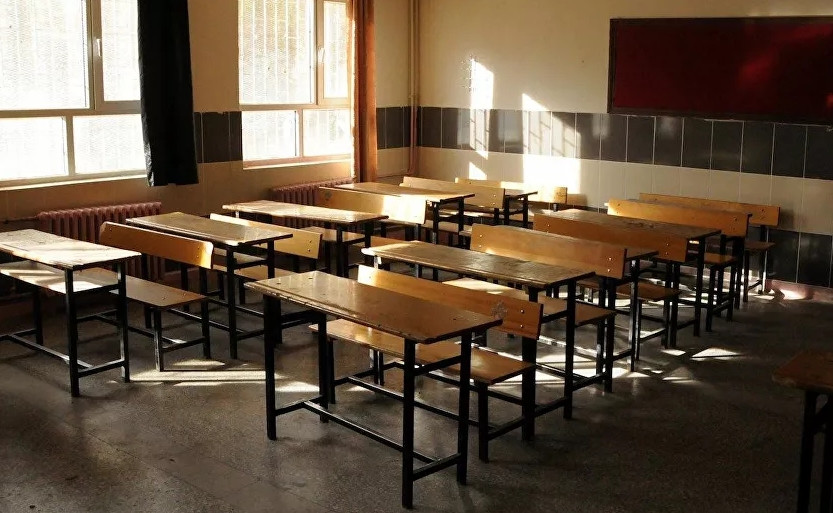 ''Bilim Kurulu okulların Eylül ayına kadar kapalı kalmasını önerdi''