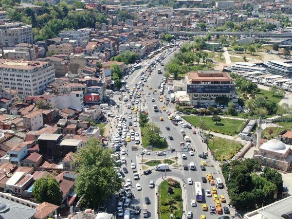 Eminönü ve Karaköy'de trafik yoğunluğu